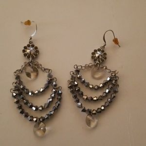 Jewelry - Silver drop earrings